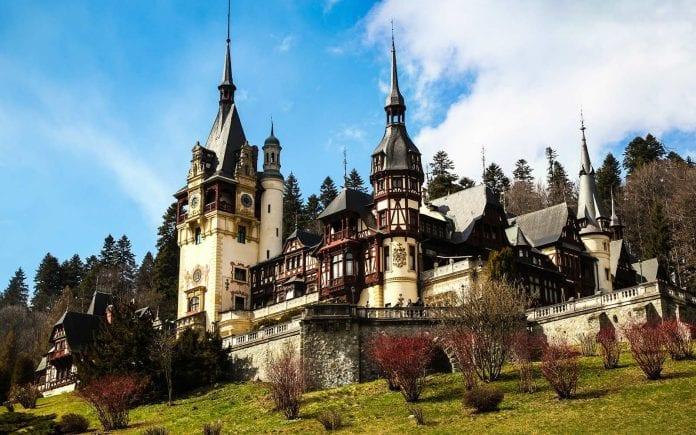Bran Castle - Peleș Castle