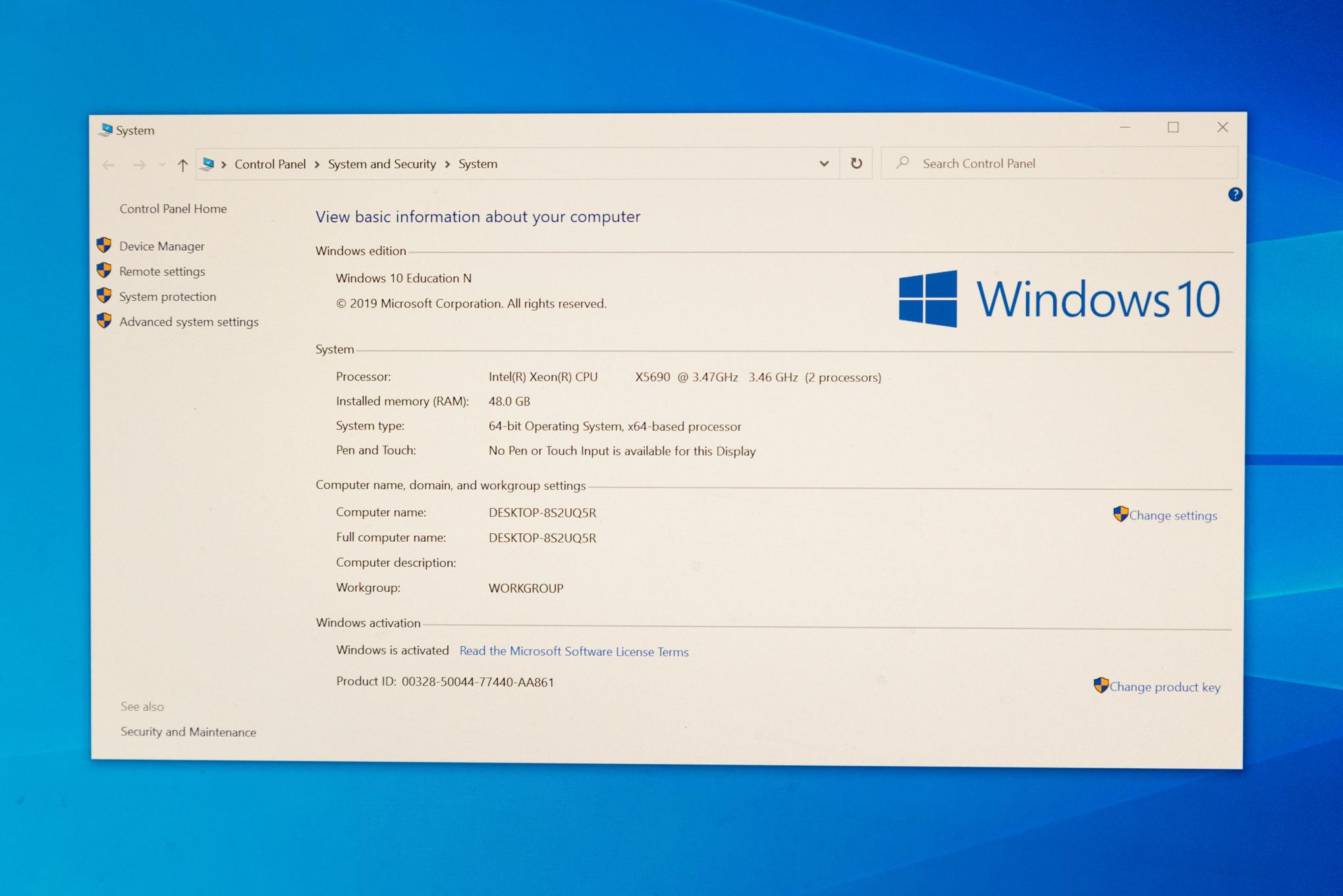 Z800 system information under Windows 10 Education
